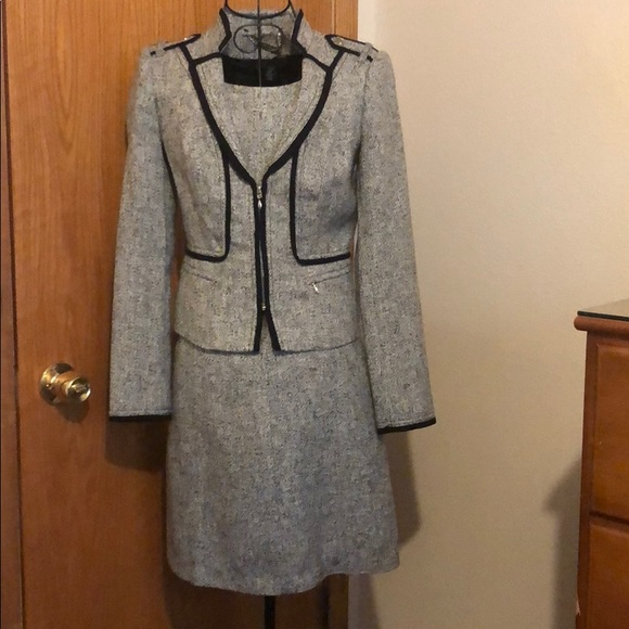 White House Black Market Dresses & Skirts - WHBM Two Piece Tweed Suit